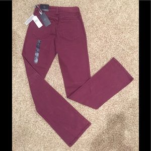 NWT: NYDJ: Comfy Jeans, Burgundy color, Size 0